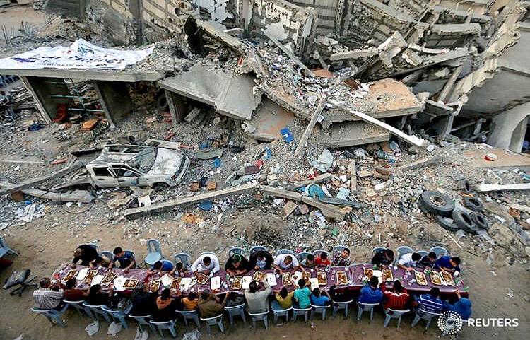 افطار در غزه -رويترز